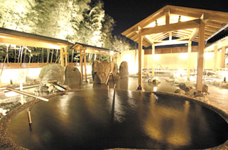 西区にある天然温泉『清河寺温泉』『サウナ』『サ活』竹林に囲まれ源泉かけ流しで心も体もリラックスしてきた。