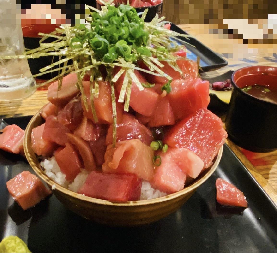大宮区にある『鰓呼吸』で2月21日から時短要請解除まで限定の『こぼれ本マグロ鉄火丼 999円(税込み)』行って食べてきた。