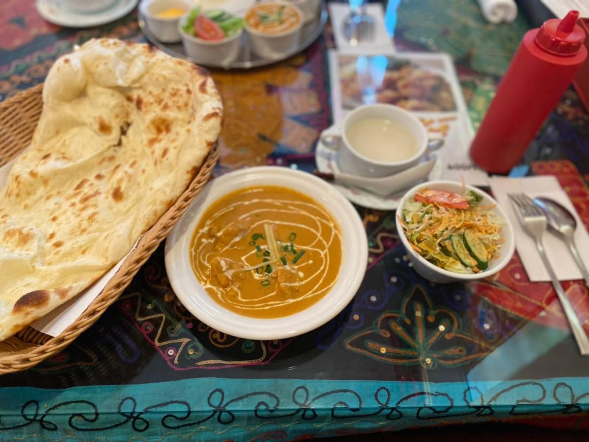 大宮区にあるインド料理のお店『ダナパニ 大宮店』で『ランチセット』『チーズナン』行って食べてきた。