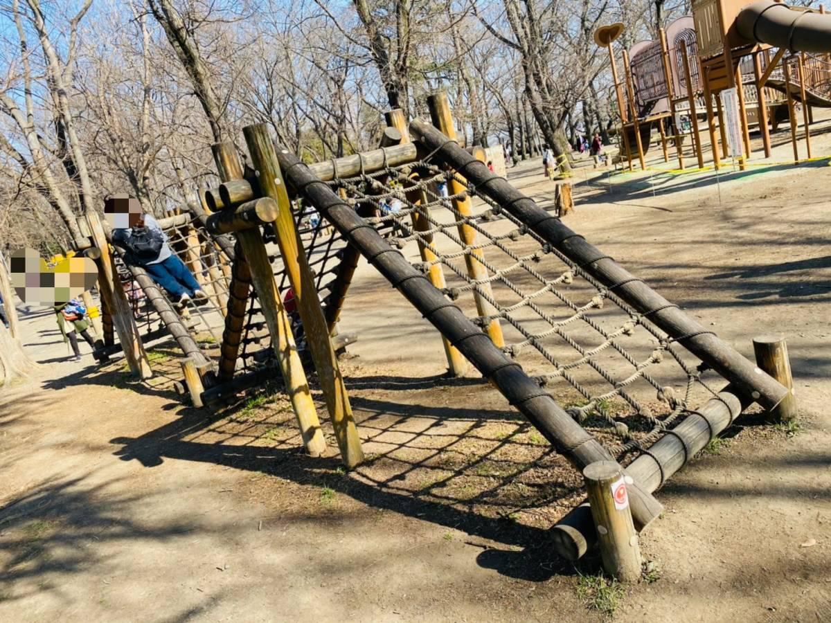 川越市にある『伊佐沼公園』でフィールドアスレチック『冒険の森』にチャレンジしてきた。