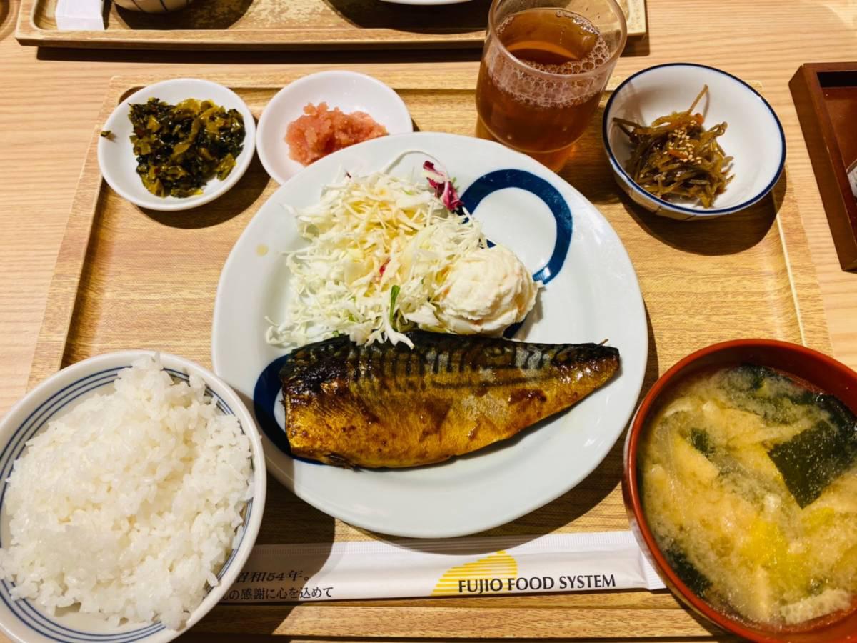 中央区新都心けやきひろば『博多ふくいち』で明太子食べ放題ランチ行って食べてみた。